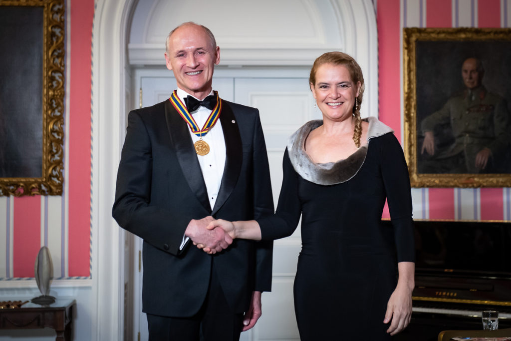 Colm Feore accepts Governor General award